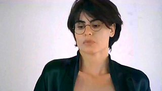 Lesbian scene cheeky yuliya mayarchuk &amp francesca nunzi