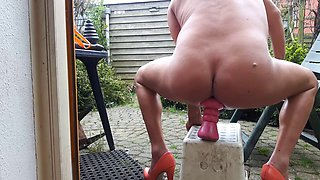 dirty gardenboy - gaping toy anal