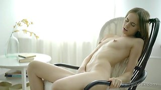 18 virgin sex - solo babe vivian