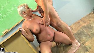 granny teacher Cecily ass licking her student