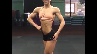 Fitness babe working out